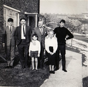 Photo:Family photo (Mum, Dad, Fred, David, Jeffrey and peter) 1966