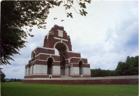 Photo:Thiepval