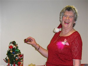 Photo:Kemptown U3A Christmas party 2004