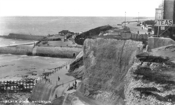 Photo:Postcard of Black Rock